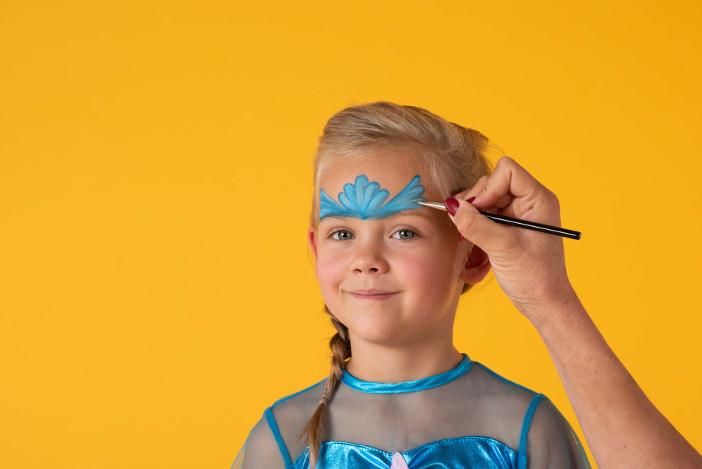 Kinderschminken Themenspezial: Schminkanleitung Meerjungfrau